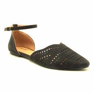 Shoes - Women's black Qupid shoes